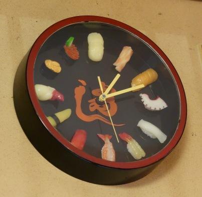 It's sushi o'clock!
