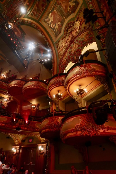 The New Amsterdam theatre where we watched Alladin. Pure Magic and loved every minute of it.